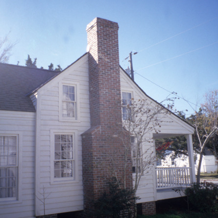 Partial view, Jesse Piver House, Beaufort, Carteret County, North Carolina
