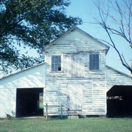 Barn view, Garrett-White House, Bertie County, North Carolina