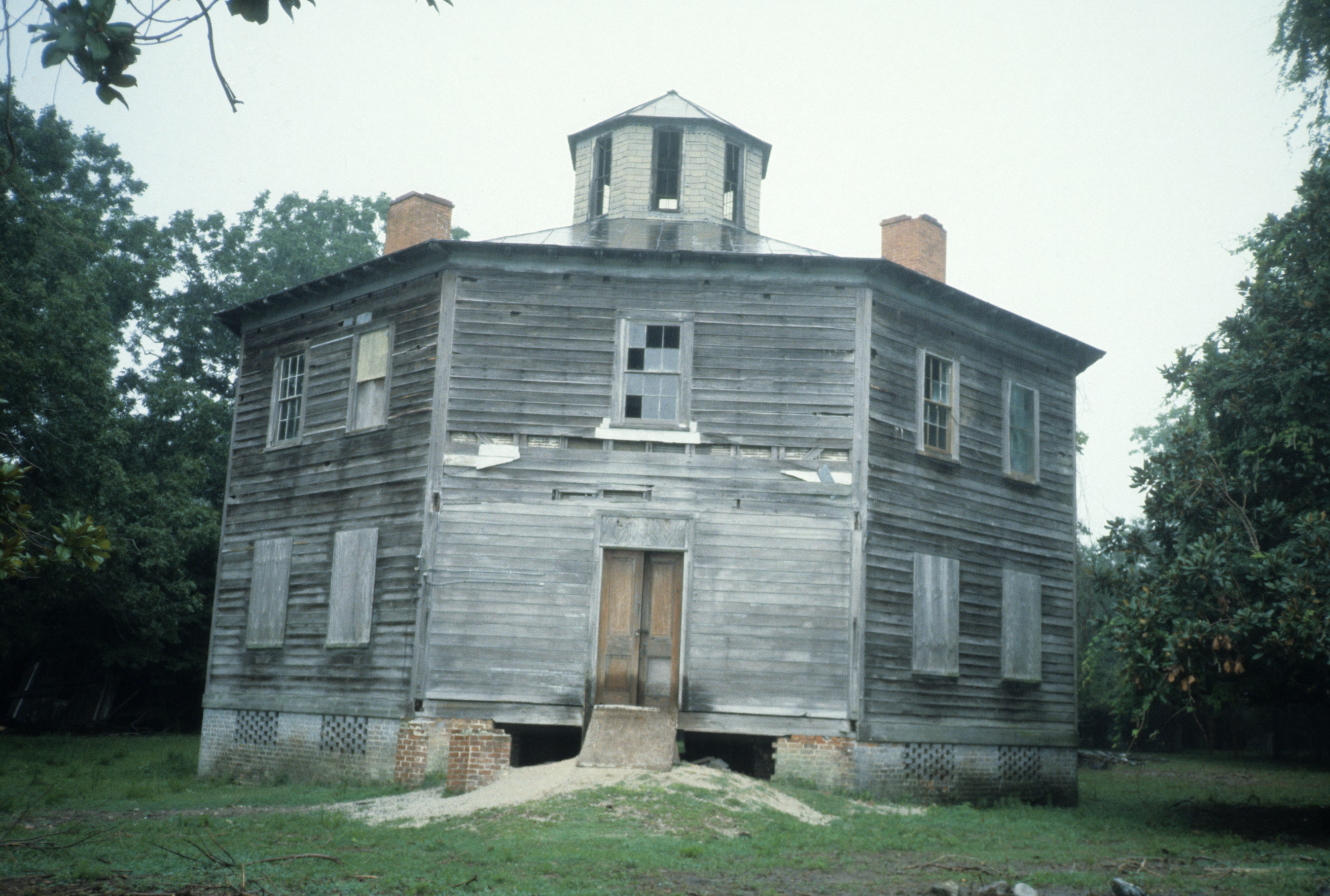 Front View Octagon House Carteret County North Carolina