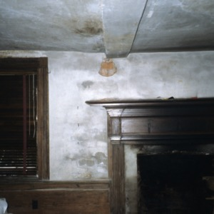 Interior view with fireplace, Moore-Gwyn House, Locust Hill, Caswell County, North Carolina
