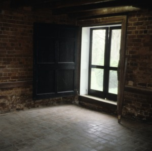 Interior view with window, Moore-Gwyn House, Locust Hill, Caswell County, North Carolina