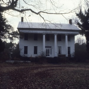 Front view, Athol Plantation, Chowan County, North Carolina
