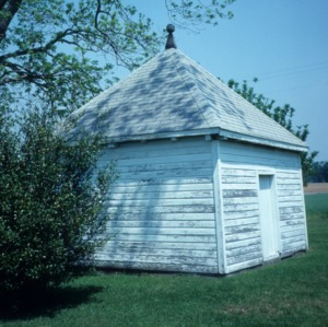 Outbuilding, Buckner Hill House, Duplin County, North Carolina