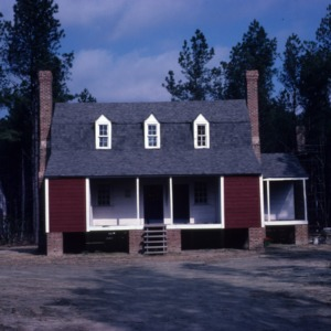Front view, Old Town Plantation House, Edgecombe County, North Carolina