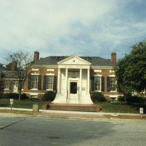 Alumni House front view, University of North Carolina at Greensboro, Greensboro, Guilford County, North Carolina