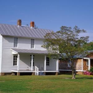 Front view, 501 McMullan Street, Edenton Cotton Mill Village, Edenton, Chowan County, North Carolina