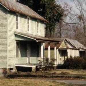 Side view, 501 McMullan Street, Edenton Cotton Mill Village, Edenton, Chowan County, North Carolina