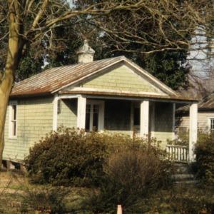 Front view, 503 McMullan Street, Edenton Cotton Mill Village, Edenton, Chowan County, North Carolina