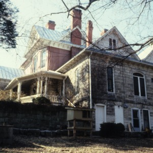 Side view, James A. Hadley House, Mount Airy, Surry County, North Carolina