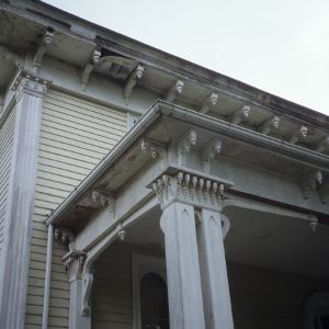 Corner detail, Oakley Hall, Ridgeway, Warren County, North Carolina