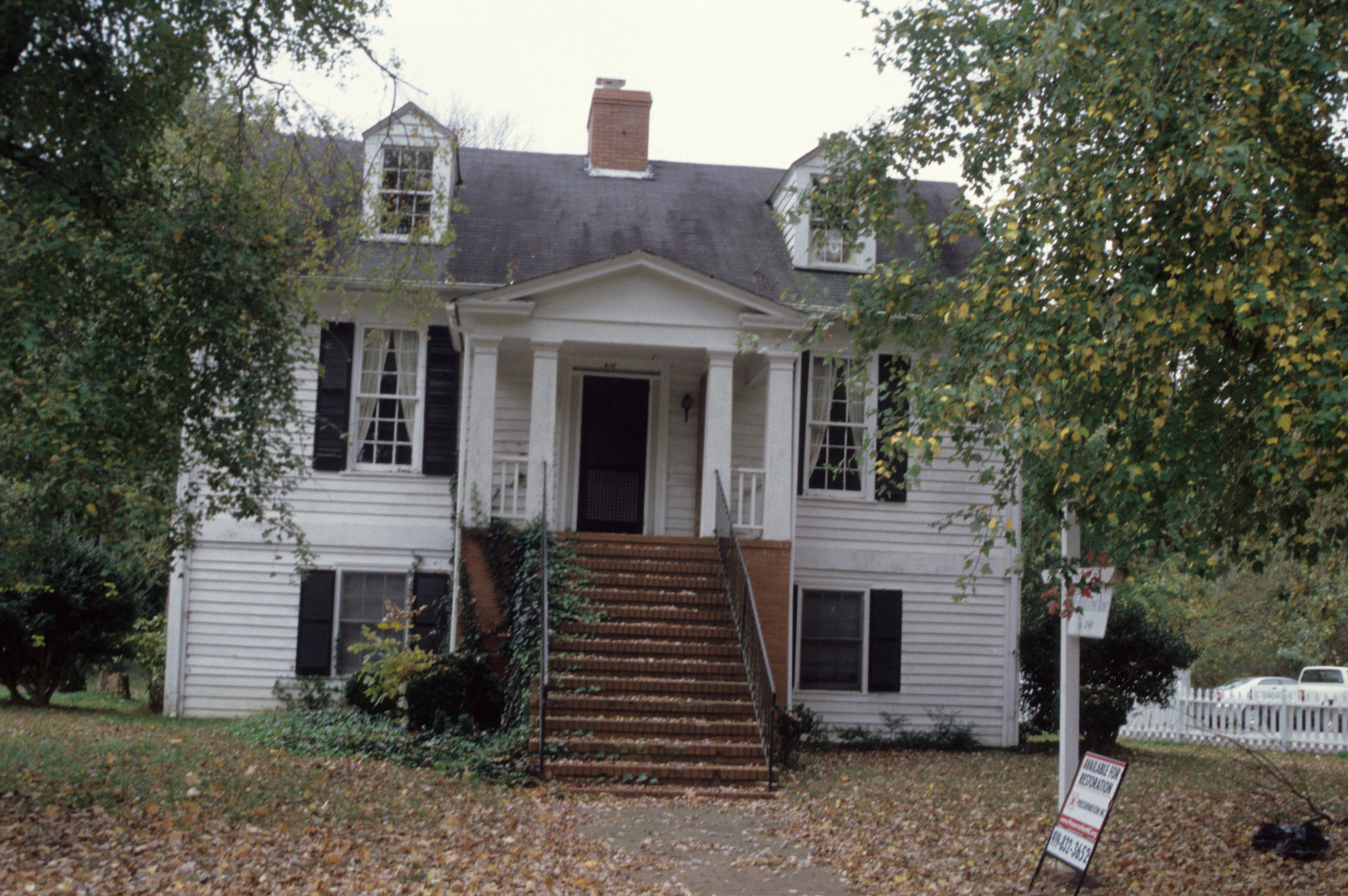Front view, Jacob W. Holt House, Warrenton, Warren County, North Carolina