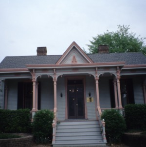 Front view, Bretsch House, Raleigh, Wake County, North Carolina