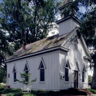 View, Grace Episcopal Church, Trenton, North Carolina