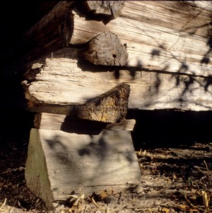 Foundation pier detail, O'Quinn House, Moore County, North Carolina