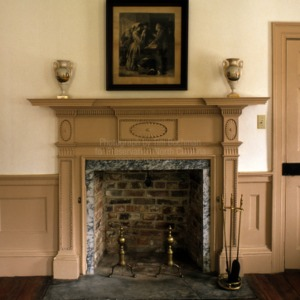 Interior fireplace, Thomas McLin House, New Bern, North Carolina