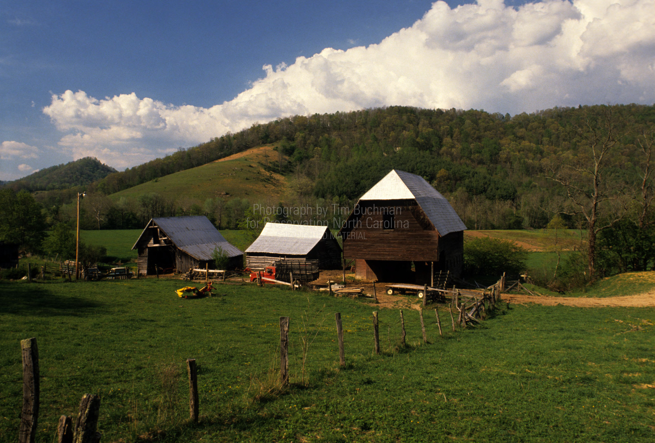 valle crucis singles dating site The cub, aka valle crucis 7-miler, showcases the beautiful mountain community and countryside of valle crucis, nc this 7-mile mountain road race will begin at.