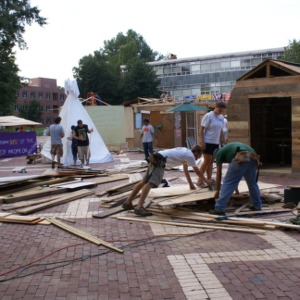 Shack-A-Thon fundraiser for Habitat for Humanity, 2006