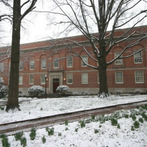 Peele Hall, snow day