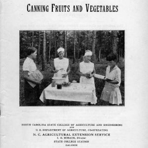 Canning fruits and vegetables (Extension Circular No. 114, Revisal and Reprint)