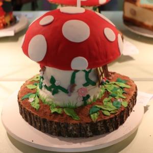 Award-winning cake decorated as mushroom house at North Carolina State Fair, 2018