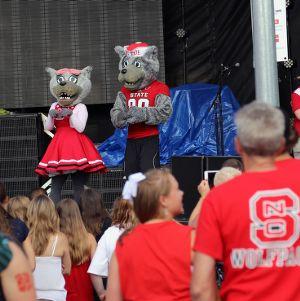 Wolfpack mascots at Packapalooza 2014