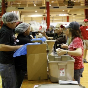 Haiti Earthquake Relief, Packing Meals