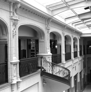 Interior Arcade, Grove Arcade