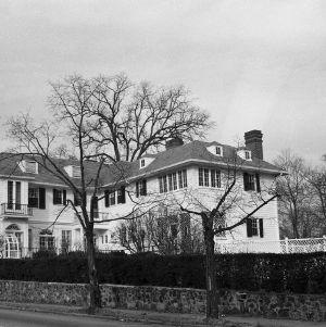 Side View, Burton Craig House