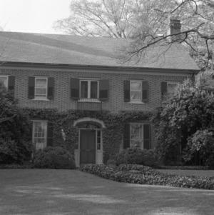 Façade, Leroy Springs House