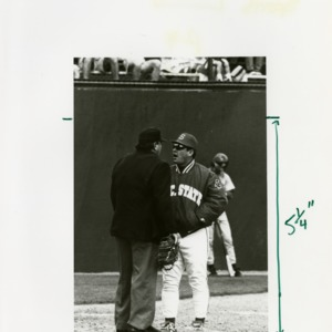 NC State coach argues with umpire