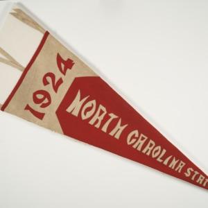 "Pennant, reads ""North Carolina State 1924"""