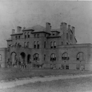 Alexander Q. Holladay, faculty, and first freshman class in front of Main Building, 1890