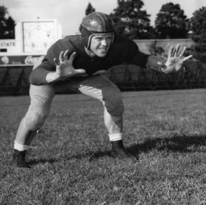 Fred Wagoner, North Carolina State football player, 1946