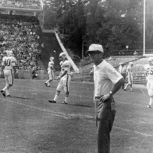 Coach Al Michaels, Defensive Coordinator