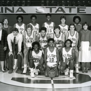 Women's basketball team group photo