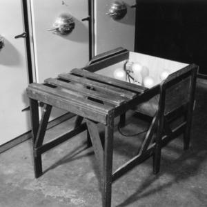 Rack for incubating egg trays