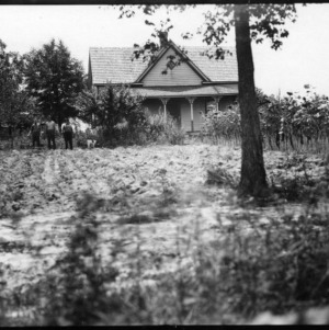 Farm home of W. P. Robinson