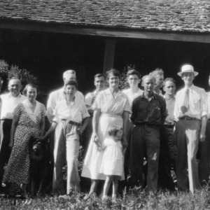 Vocational teachers and others on Log Cabin Association study tour