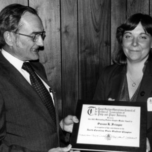 Susan K. Fringer receiving Pulp and Paper Foundation award