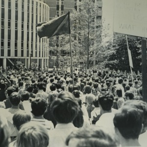 Student anti-war demonstration on NCSU Brickyard