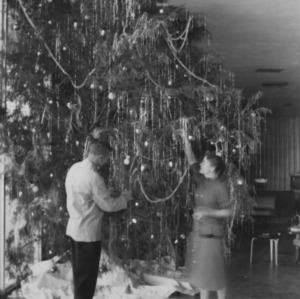 Decorating Christmas tree at College Union
