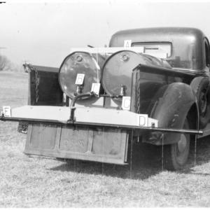 Distributor for liquid fertilizer, N.C. State College Farm