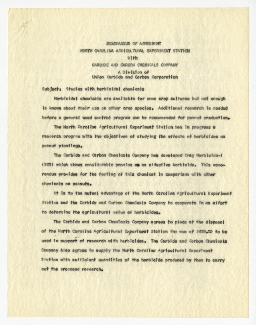 Memorandum of agreement between the North Carolina Agricultural Experiment Station and Union Carbide and Carbon Corporation, 1955-1956