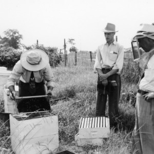 Farm and Home week; Bee keeping short course