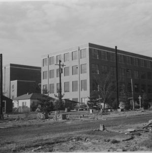 Nelson Hall under construction