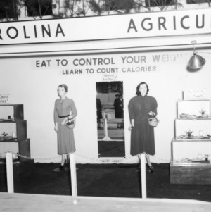 """NC State Fair exhibit booth on """"Eat to Control Your Weight, Learn to Count Calories"""""""
