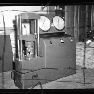 Test machine; thesis