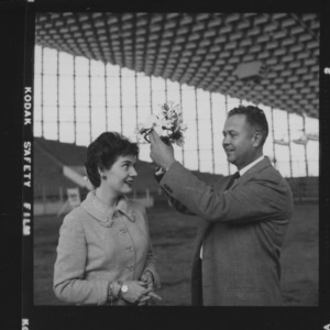 Actress Polly Bergen crowned by Lloyd Langdon of NC Dairy Products Association at NC State Fair