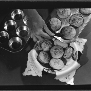 Corn Muffins, series on cooking them