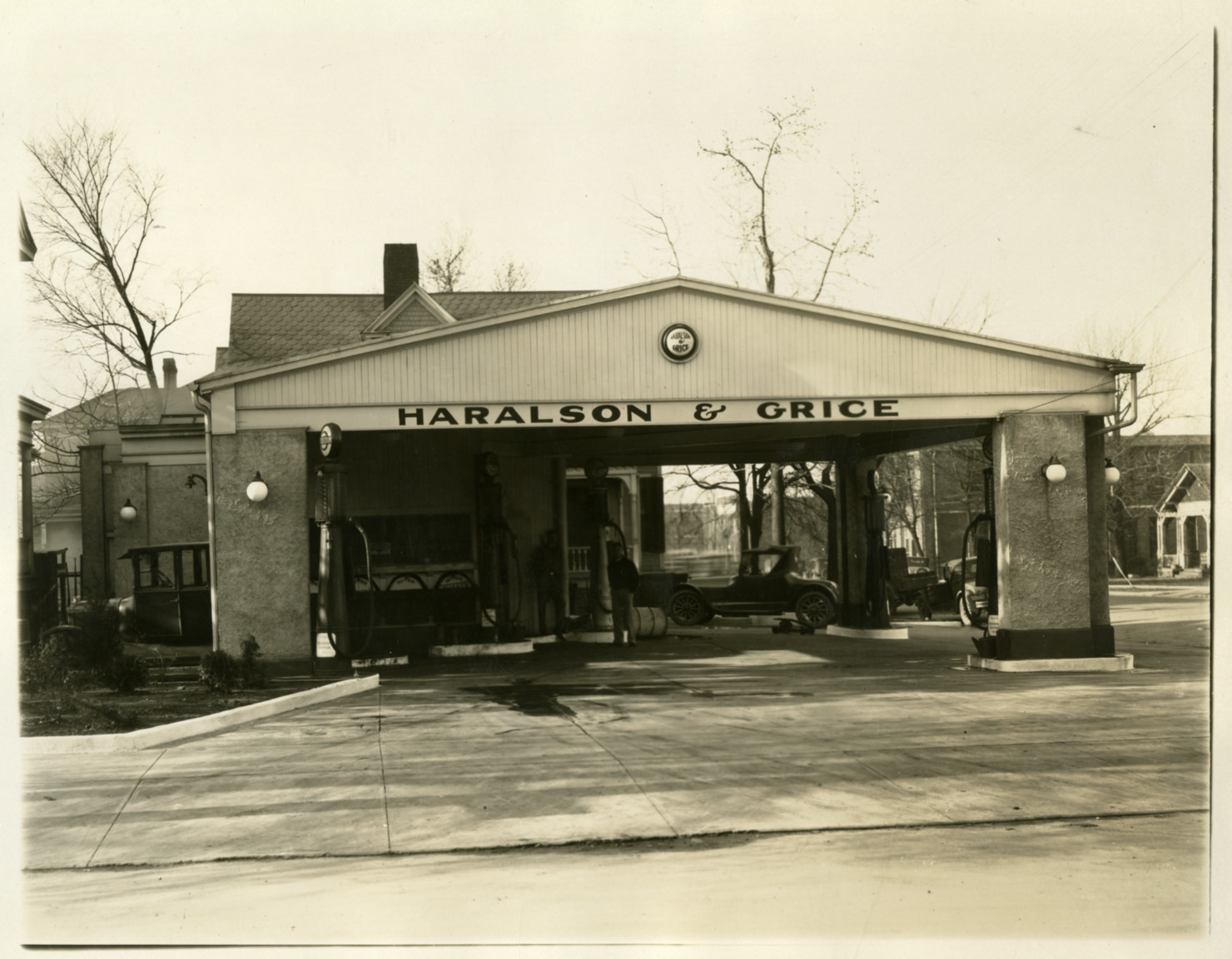 Haralson and Grice Filling Station, Location II - Front